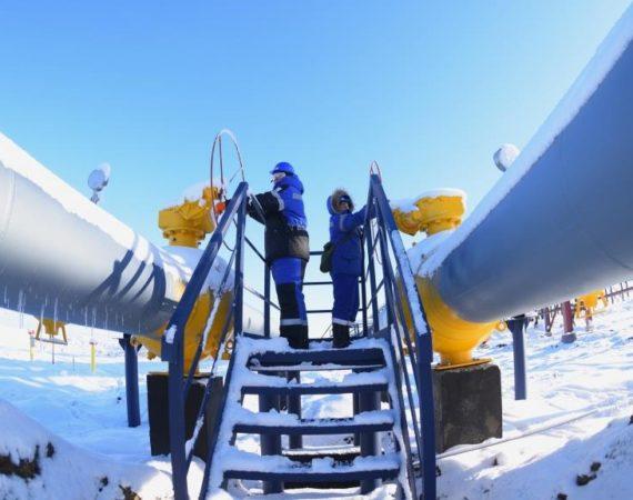 Суд согласился с позицией адвоката о неправомерности установления 5-км охранной зоны конденсатопровода.